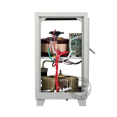 Thiết bị ổn áp điều chỉnh điện áp gia dụng 220v30kw / kva .
