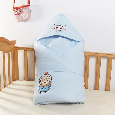 chăn quấn vải dày ấm cho trẻ sơ sinh .