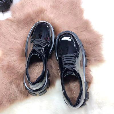 Thị trường giày nữ Giày Muffin nữ đế dày Anh retro 2019 mùa thu mới nhỏ màu đen giày đại học gió tăn