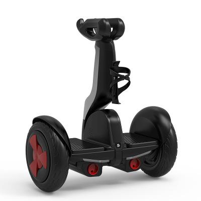 Xe điện 2 bánh tự cân bằng có cần điều khiển .