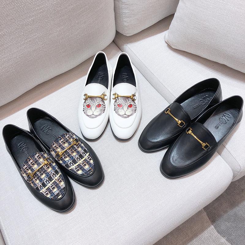 Giày Loafer / giày lười 2019 mới khóa kim loại giày da nhỏ nữ ngựa khóa Lok Fu giày lười một chân ha