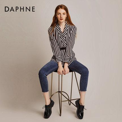 Daphne  Giày da một lớp   Daphne / Daphne 2019 mùa thu đại học gió đôi giày nhỏ xếp li gương oxford