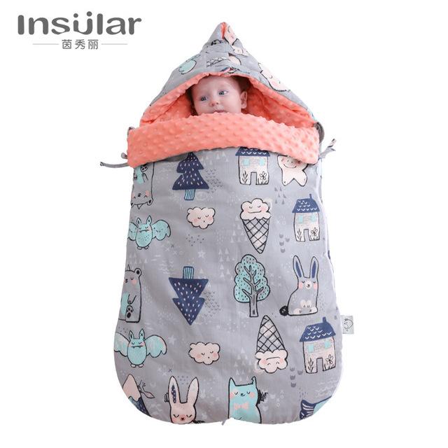 Túi ngủ giữ ấm cho bé sơ sinh .