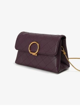 CHARLES & KEITH  Túi xách nữ thời trang  CHARLES & KEITH chuỗi túi CK2-70840087 vòng kim loại đeo va