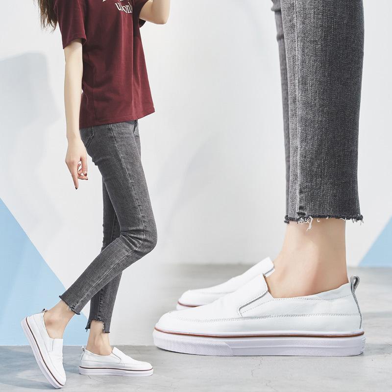 OYNE Giày Loafer / giày lười Túi tóc giúp đôi giày nhỏ màu trắng nữ bằng da đế bằng một đôi giày lườ