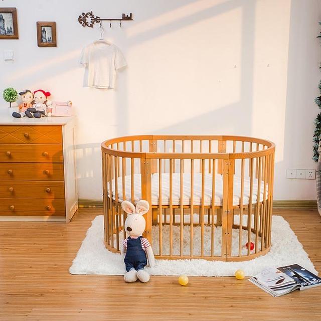 Nôi nội thất giường bằng gỗ sồi đa chức năng , có thể lắp ráp nhiều kiểu .
