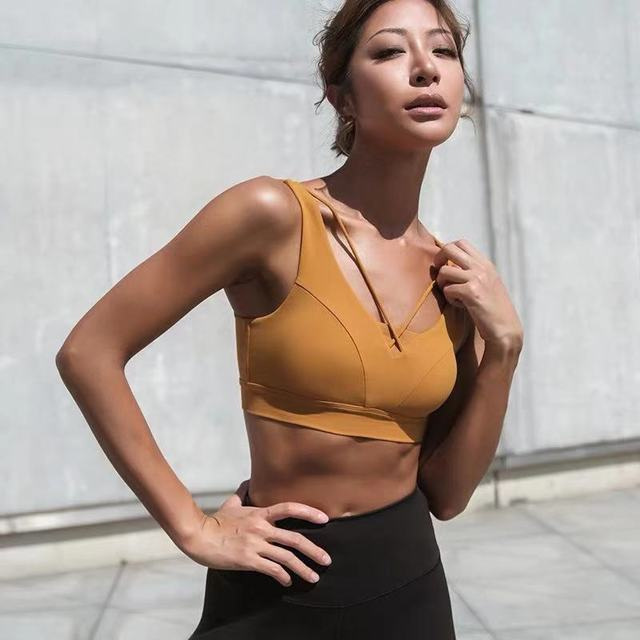 Đồ lót Áo ngực chạy bộ chống sốc tập thể dục , thể thao cho nữ .