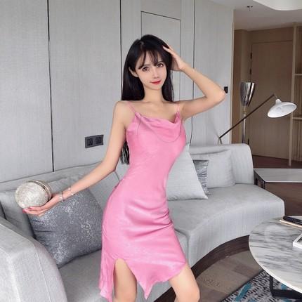 LINHARES Dây treo trang phục Màu đỏ với quần áo sống gợi cảm gương nữ quần áo neo Pháp nữ ngọt ngào