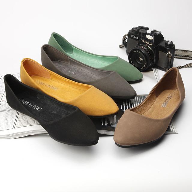 BEYARNE Thị trường giày nữ Túi kẹp tóc Bei Yani Quảng Châu giày nữ với giày đế bằng Giày đơn màu da
