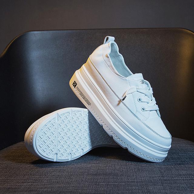 JUZI Giày bánh mì Túi lông giúp 2019 mới lớp da bò đế dày màu trắng đế giày nữ tăng kích thước cao G