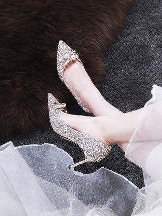 Giày cô dâu  Giày cưới đính sequin nữ 2019 mới pha lê giày cưới cô dâu nơ cao gót cưới giày cưới cao