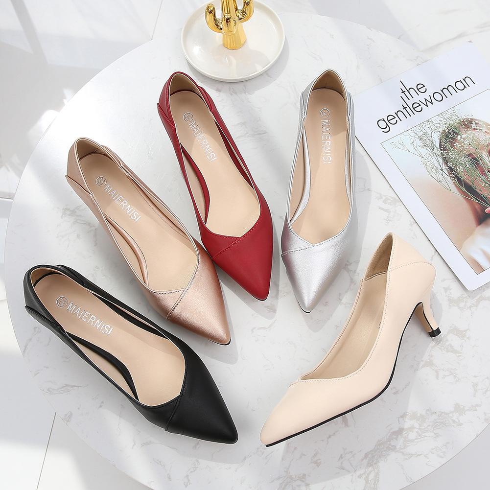 MENS Giày GuangDong Xu hướng thời trang 2019 giày nữ thoải mái thoải mái gợi cảm giày mỹ nhọn thương
