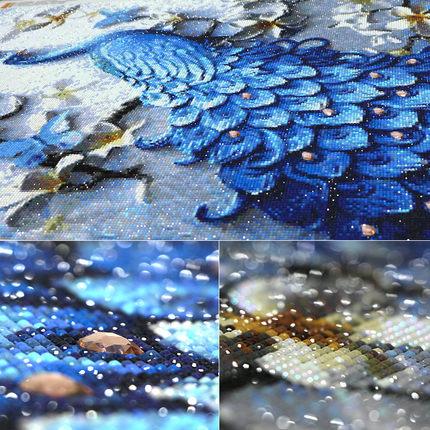 Tranh thêu chữ thập  Tranh kim cương 5D Mới 2019 Peacock Full Diamond With Frame Living Room Crystal