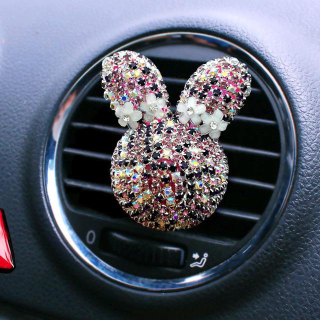MANYANU nước hoa Kim cương dễ thương phim hoạt hình xe điều hòa không khí cửa ra vào trang trí xe nư