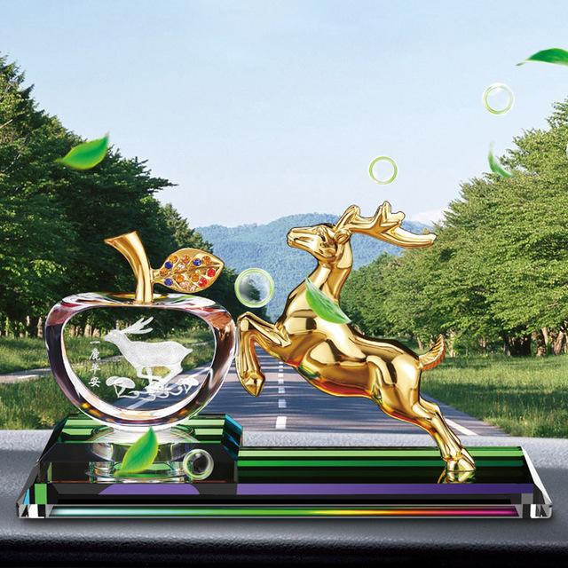 HUALAIMEI Thị trường đồ trang trí xe hơi Xe nước hoa ghế pha lê táo hợp kim hươu trang trí xe trang