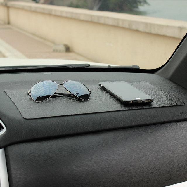 Đệm chống trơn trượt Siêu dính dành cho Xe hơi .