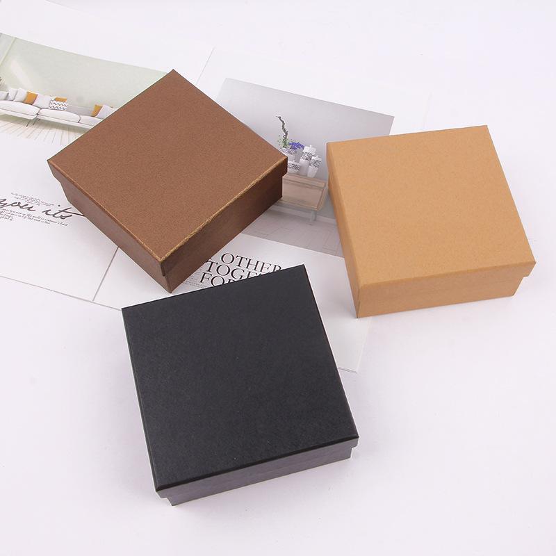 Hộp quà tặng giấy kraf hộp vuông .