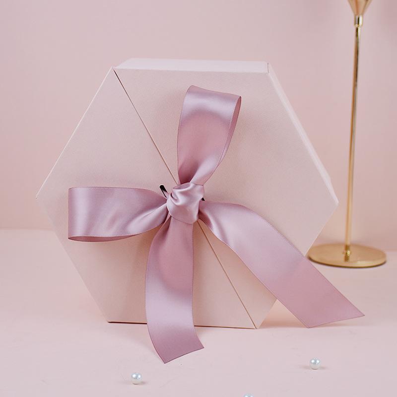 BEIZHAO Hộp quà tặng Bất ngờ Hexagon Net Red Hexagon Sinh nhật Hộp quà tặng Cô dâu phù dâu Quà tặng