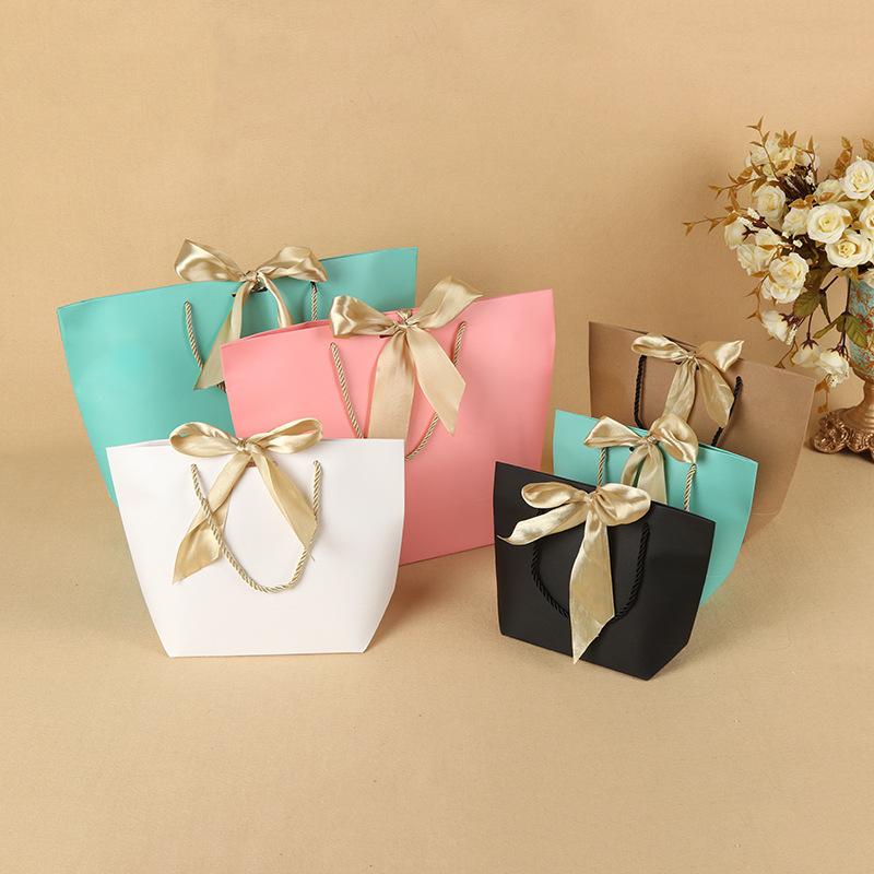 Túi giấy đựng quà Túi đóng gói quần áo cao cấp, túi giấy làm bằng tay, logo tùy chỉnh, trung tâm mua