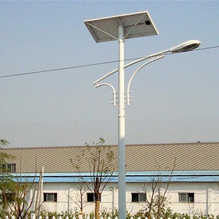 Đèn LED chiếu sáng công cộng Đèn đường năng lượng mặt trời cho xây dựng thành phố