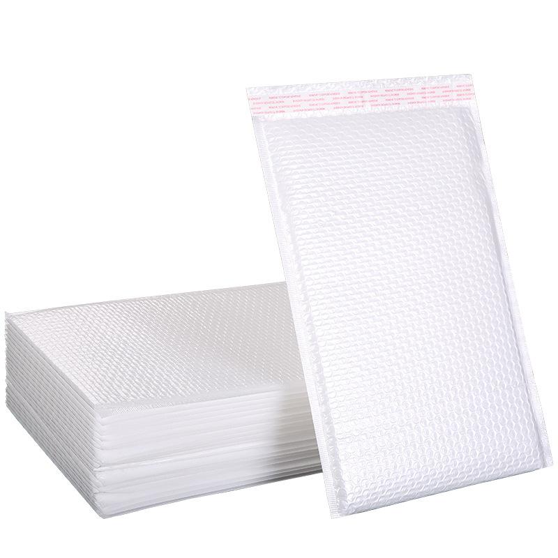 Túi xốp có lót màng bong bóng chống sốc khi vận chuyển hàng hóa .