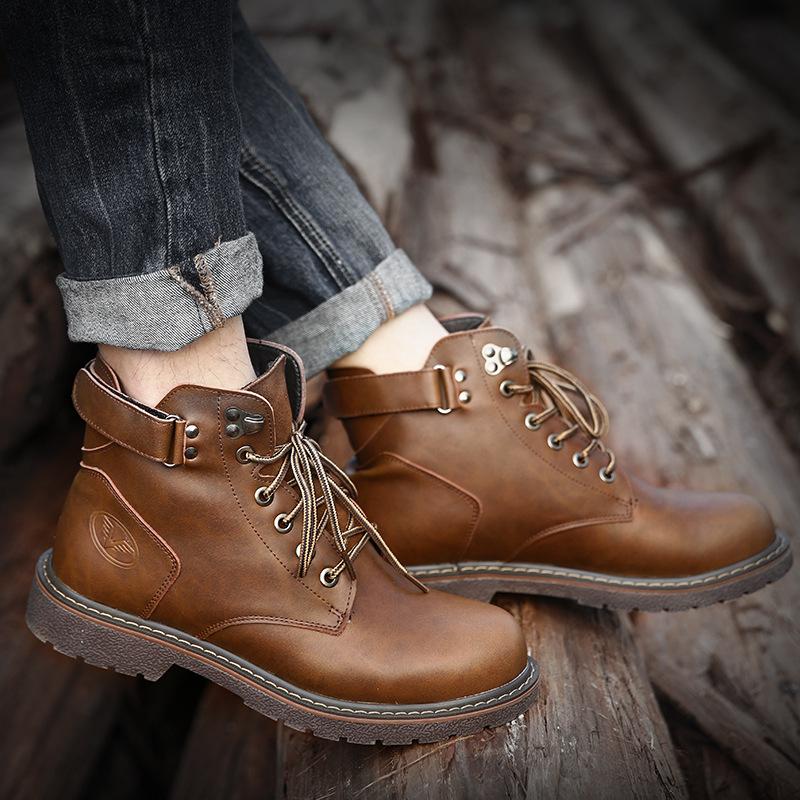 CHENGFA thị trường giày nam Giày nam mùa đông 2018 mới cộng với nhung Martin ủng trung bình giúp già