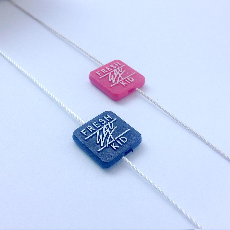 ZHENDA Chuỗi tag , Tag logo Các nhà sản xuất tùy chỉnh quần áo logo cao cấp treo hạt thẻ dây nhựa qu