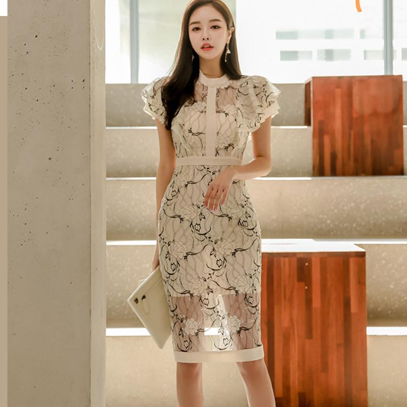 Đầm xuyên biên giới hè 2019 khí mới Hàn Quốc cổ tròn tay áo cánh sen in hoa ren túi đeo hông