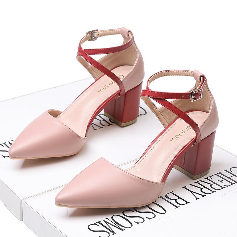 Charm foot Thị trường giày nữ 2020 Giày nữ châu Âu và giày mùa hè Giày đơn kiểu chéo đơn giản với mà