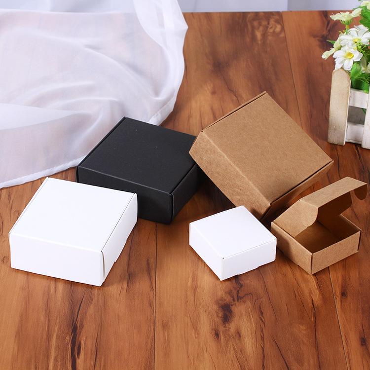 QIAOHE NLSX bao bì Đen và trắng thẻ kraft giấy gấp hộp tùy chỉnh son môi nhỏ làm bằng tay bao bì xà