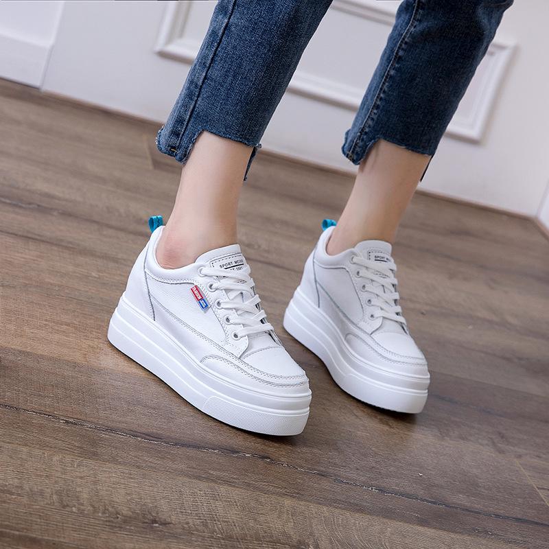 Giày bánh mì 19 đôi giày da mới mùa thu Giày da nữ phiên bản Hàn Quốc của giày thể thao hoang dã và