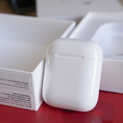 Apple Cục sạc 24 vấn đề không quan tâm] Apple AirPods thế hệ thứ 2 với hộp sạc dây tai nghe Bluetoot