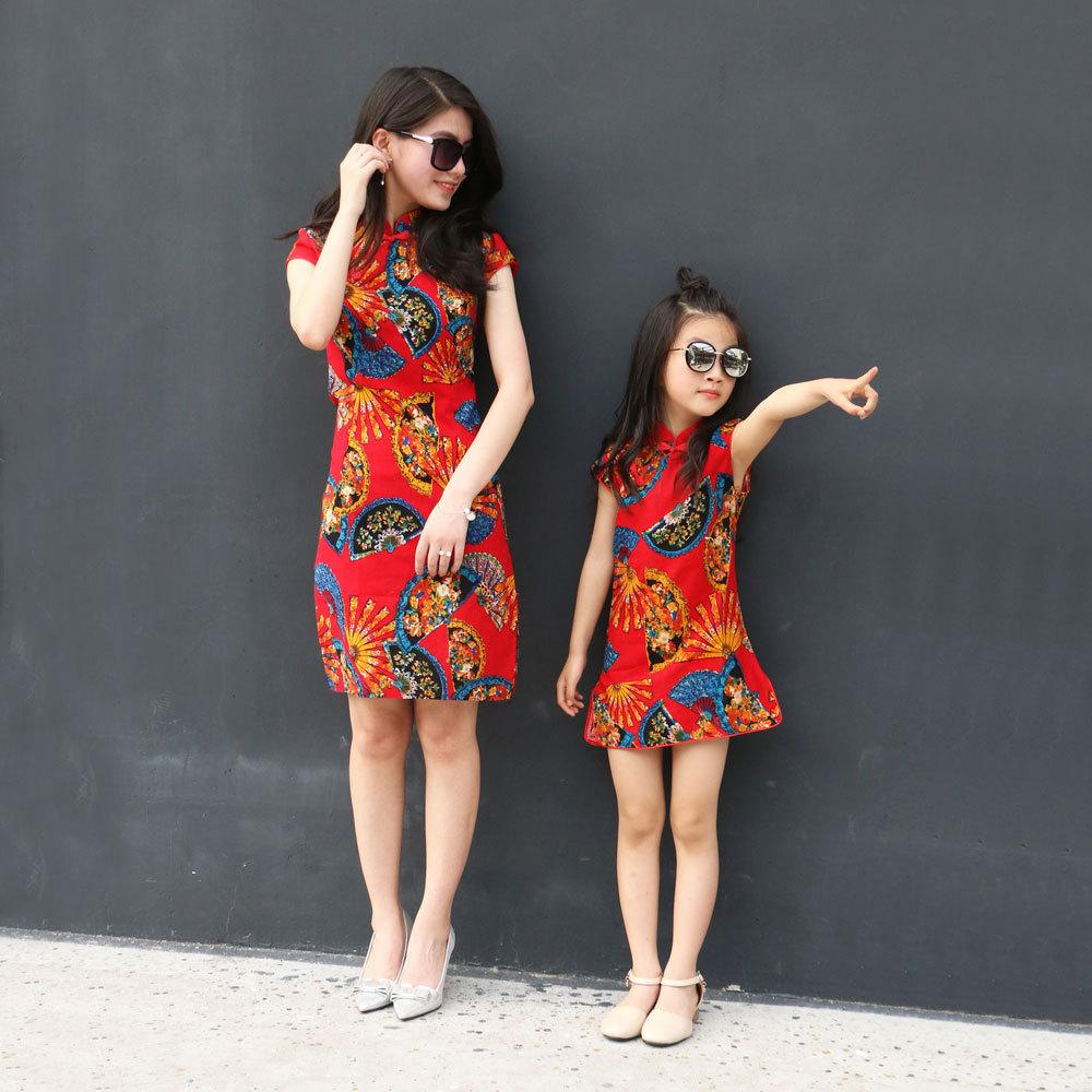 Áo thun gia đình Cô gái sườn xám cha mẹ-con mặc quần áo mùa hè trẻ em lớn bé gái công chúa váy trẻ e