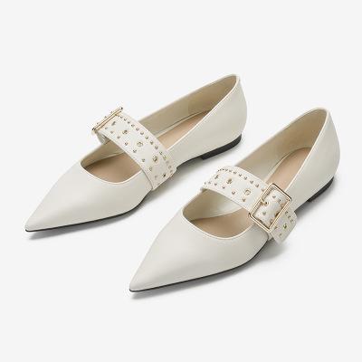 Giày bệt da mũi nhọn kiểu dáng thời trang cho nữ .