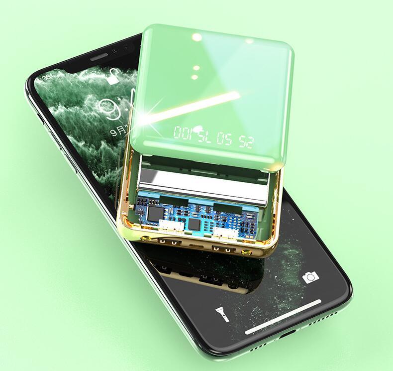 Sạc kho báu mini mới hiển thị kỹ thuật số công suất lớn di động nhà máy cung cấp điện trực tiếp quà