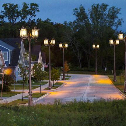 Đèn LED chiếu sáng công cộng  Năng lượng mặt trời sân vườn ngoài trời không thấm nước nhà đèn đường