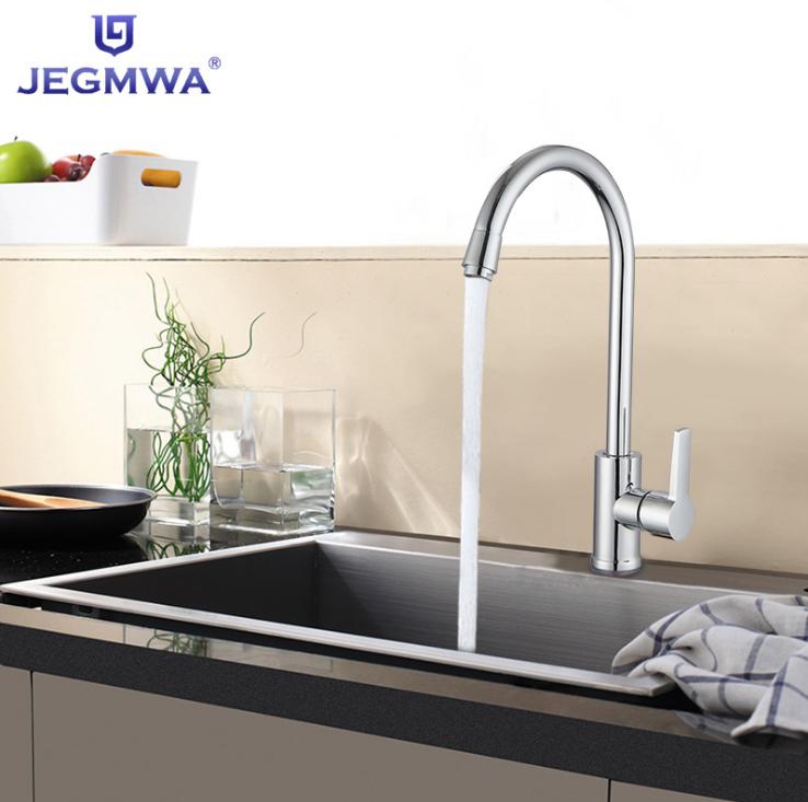 Vòi nước nóng lạnh bằng đồng tay nắm đơn cho nhà bếp .