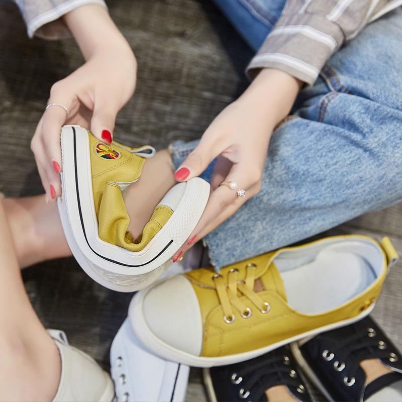 Thị trường giày nữ Đầu xuân 2019 Giày da nữ mới Phiên bản Hàn Quốc Giày đế bằng thông thường Giày da