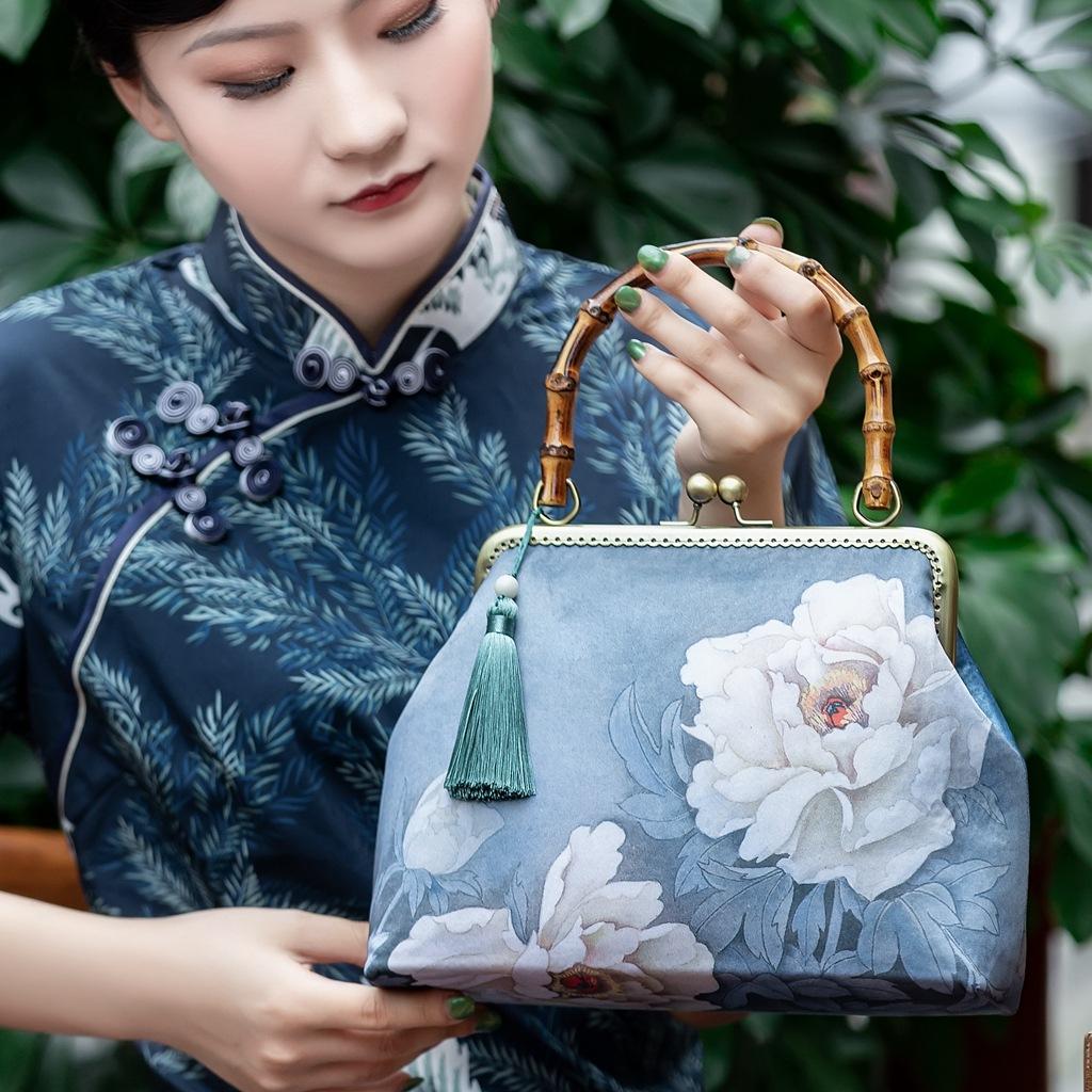 Túi xách nữ cầm tay handmade phong cách trung hoa .