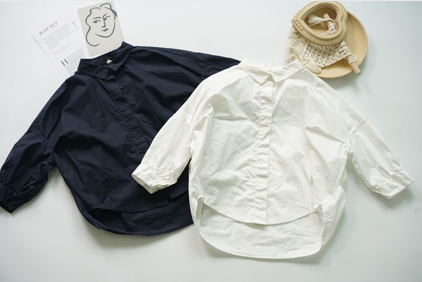 SLDT Áo Sơ-mi trẻ em Mùa xuân / hè 2020 áo trẻ em Bảng Hàn Quốc rộng rãi hình dạng rắn màu bé trai v
