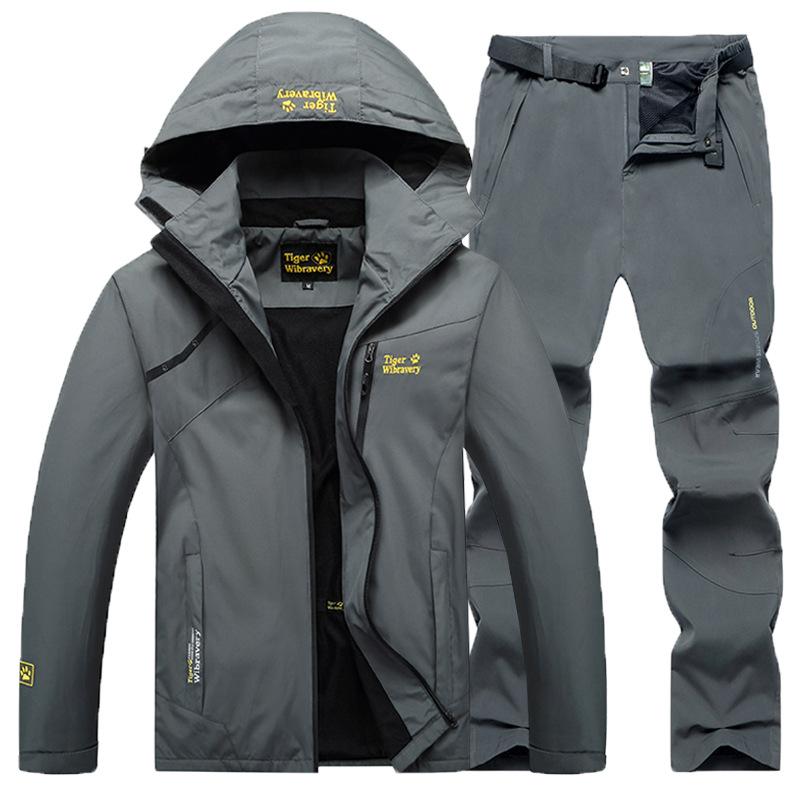 Quần áo leo núi Bộ đồ tấn công nam ngoài trời phù hợp với nữ mùa xuân và mùa thu áo khoác mỏng