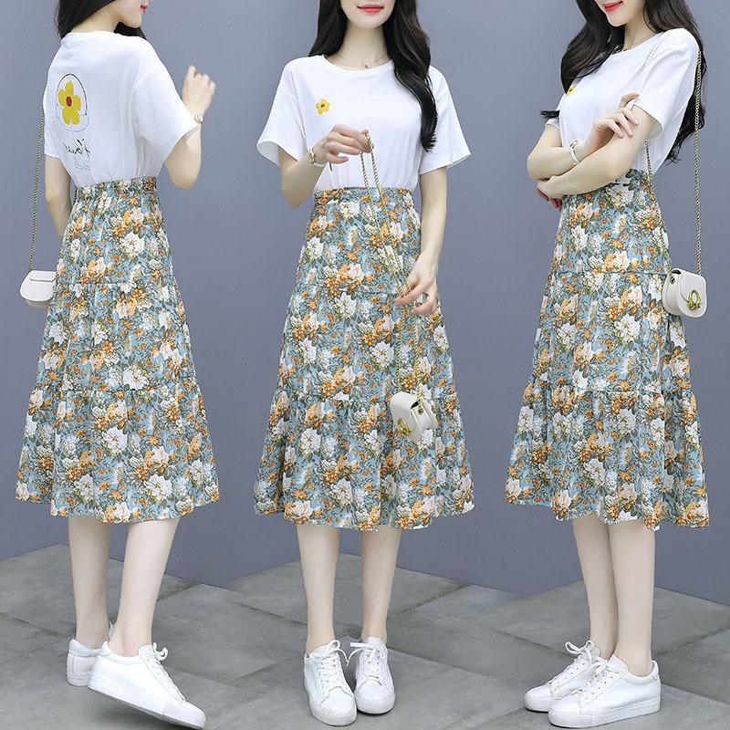Đồ Suits Mùa hè 2020 mới thời trang Hàn Quốc phù hợp với áo cổ tròn Hàn Quốc áo thun + váy voan hoa