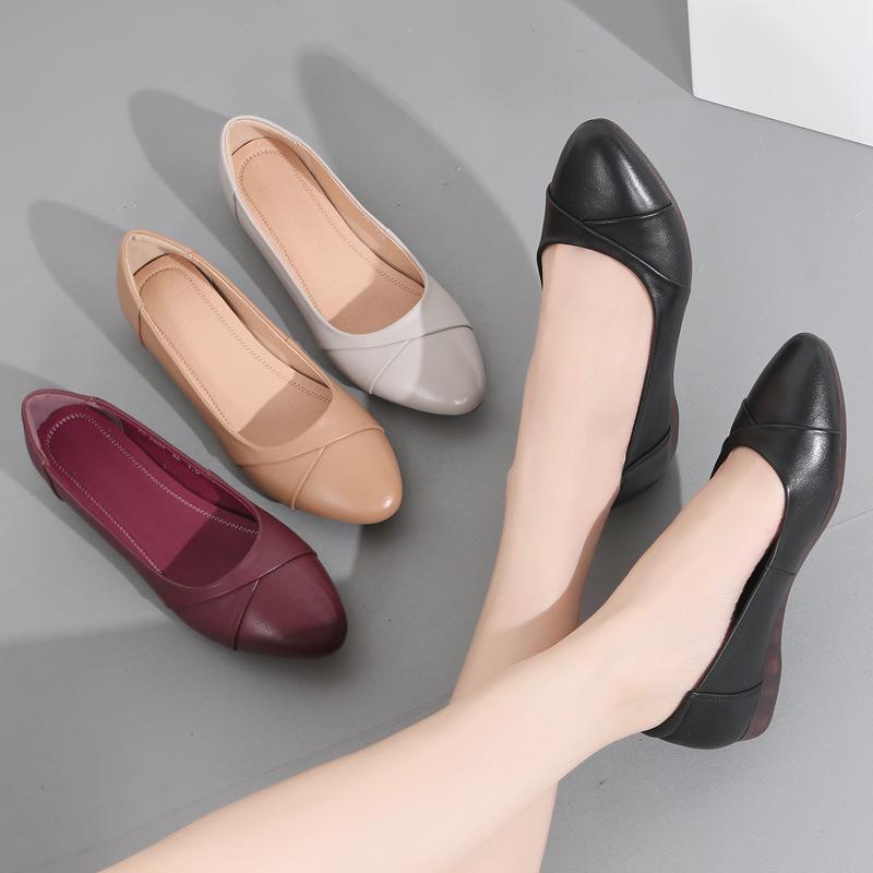 Giày búp bê da chất liệu da mềm kiểu dáng thời trang .