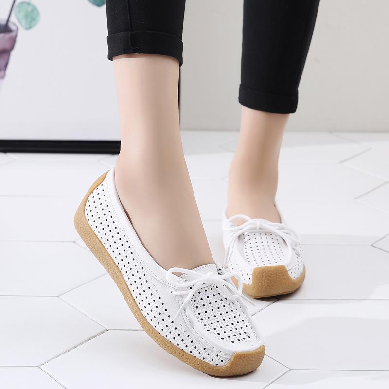 Giày lười đế bệt bằng da đục lỗ thoáng khí dành cho nữ