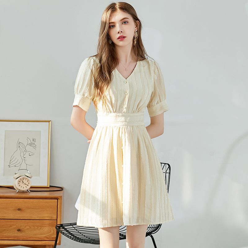 Đầm Váy liền thân kiểu chuông hoa nữ 2020 mùa hè mới khí chất V-cổ đơn ngực áo voan ngắn tay nữ