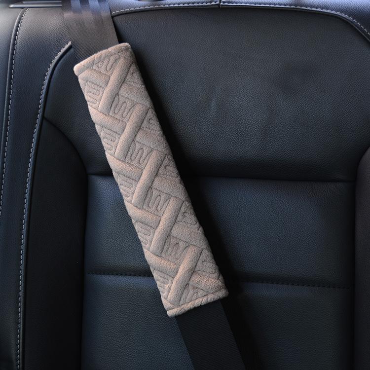 Vật tư cho ô tô đệm lót cho Đai an toàn .