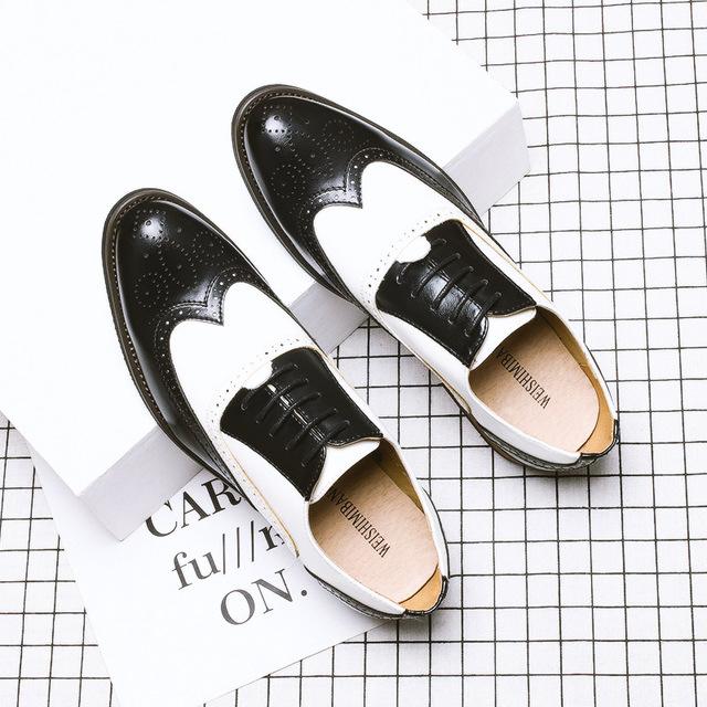 WSMB thị trường giày nam Mùa hè nam màu đen và trắng phù hợp với giày da chính thức Brock giày nam m