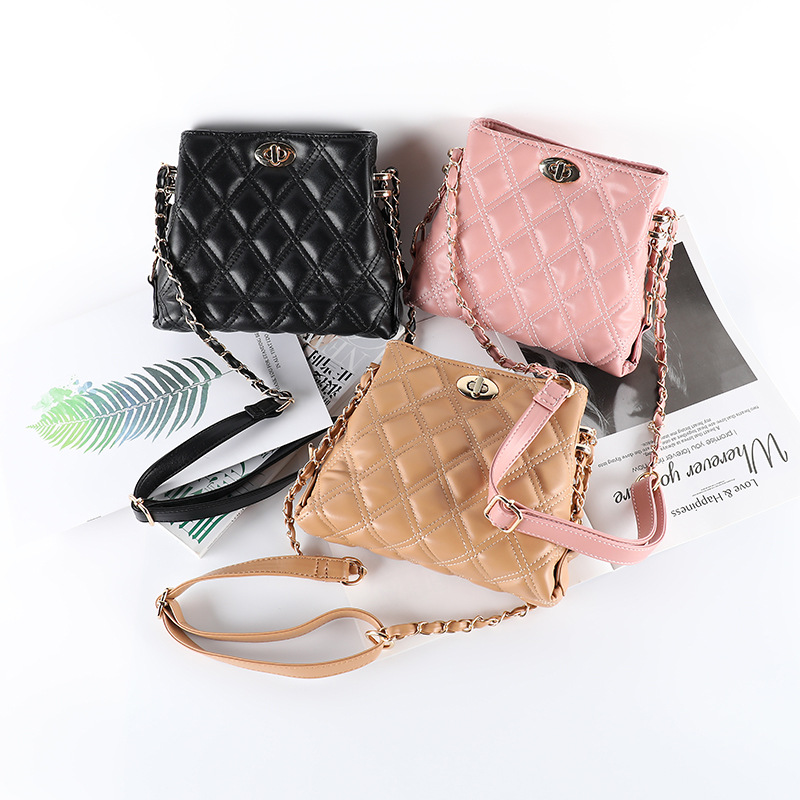 Túi xách nữ xu hướng thời trang kiểu dáng nhỏ gọn dễ thương .