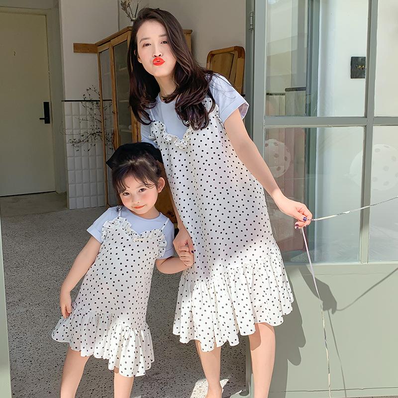 Áo thun gia đình Váy hai mẹ con váy hè 2020 mới cao cấp cho bé gái công chúa nước ngoài tay ngắn đầm