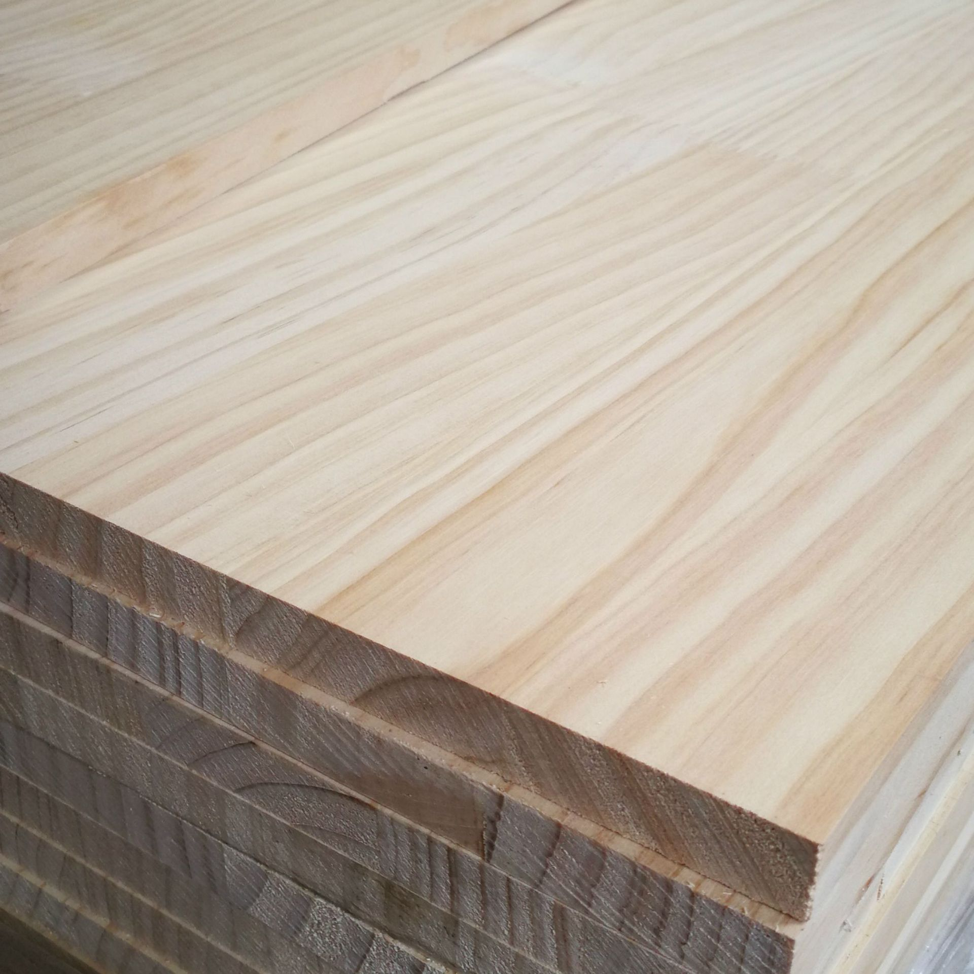 BAIYUE Complete specifications of pine finger jointed board furniture sheet solid wood puzzle New Ze